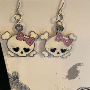 💥5 for $25💥Skull earrings